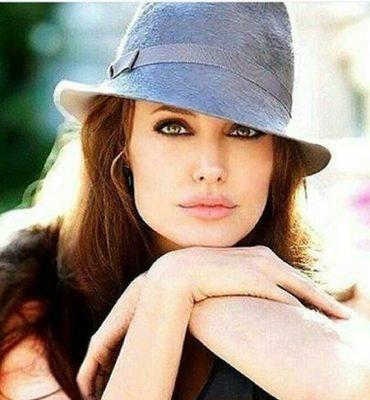 Angelina Jolie7